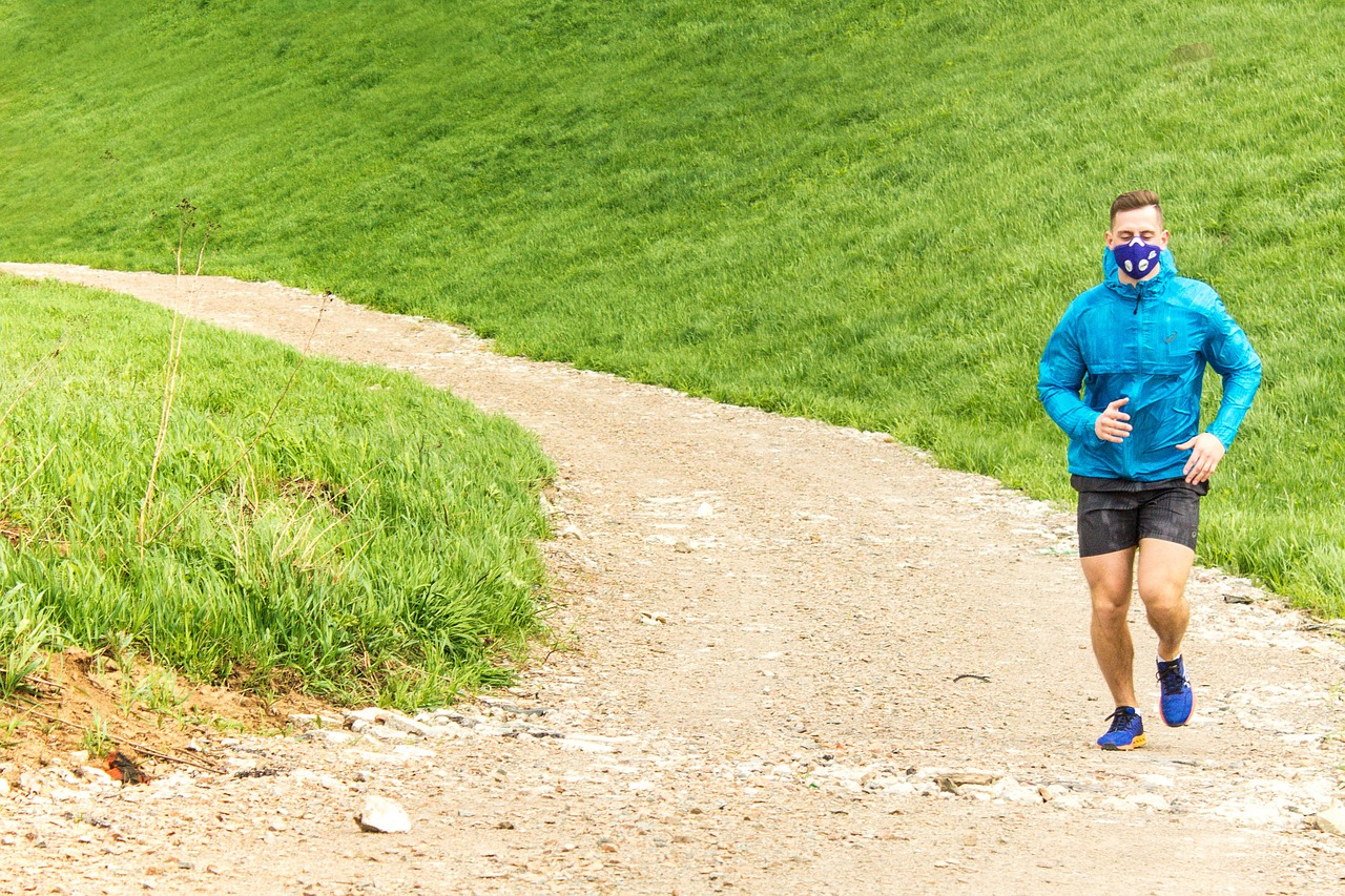 """Trening na """"świeżym"""" powietrzu – o bieganiu i smogu"""